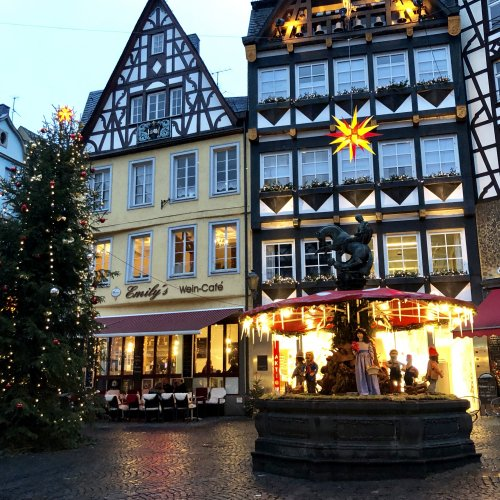 Downtown Cochem at Christmas time.  Unfortunately it was raining.